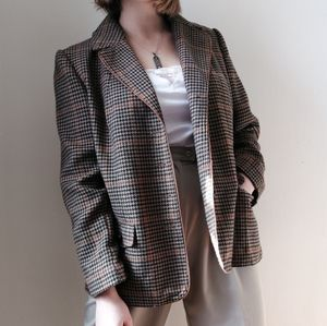 Brown Houndstooth Blazer with Wood Buttons